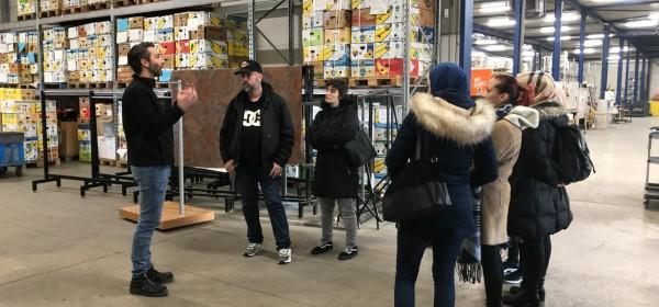 Rondleiding sorteermagazijn Kringloopwinkel Okazi.jpg